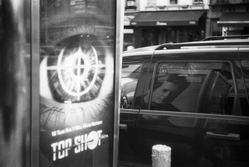 NYC, Upper East Side, June 2010, Tri-X 600, iiif-Summar