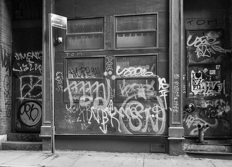 Grafitti on Staple Street-Tribeca