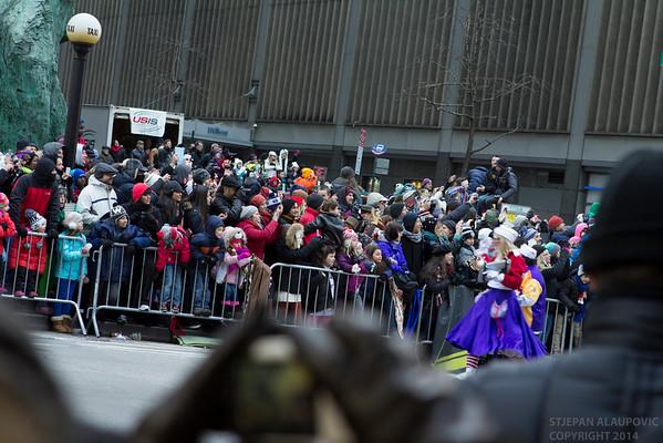 Crowd at Macy's Parade Thanksgiving 2014