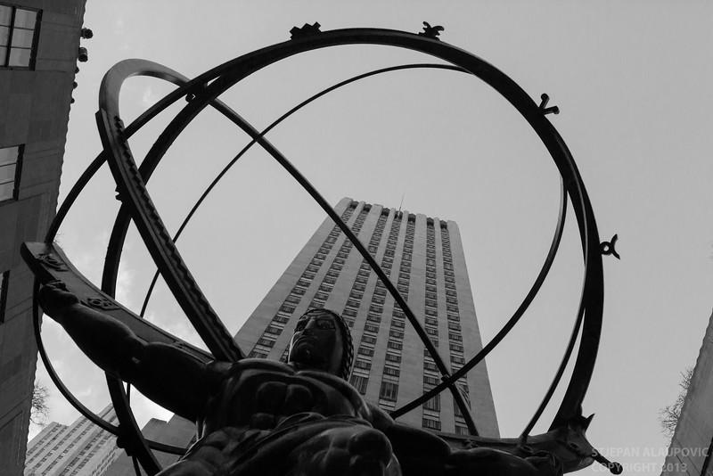 30 Rockefeller Center Atlas Statue