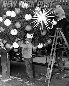 Workers decorate the Rockefeller Center Christmas Tree in 1943