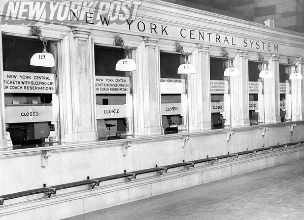 Grand Central Station ticket station is empty! 1961