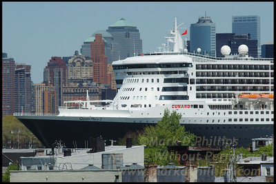 Queen Mary 2 above Red Hook