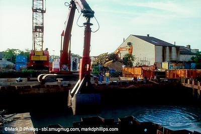 Dredging the Gowanus Canal in Brooklyn, NY, during the city-led 1999 cleanup effort that involved repairs to the flushing tunnel and a partial dredging at the head of the waterway. The results were immediate with an increase in fish and wildlife.