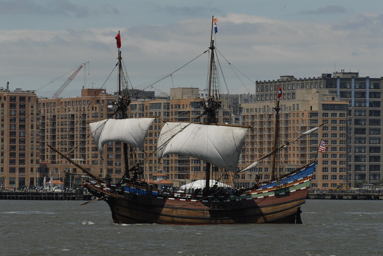 The Sailng Ship Half Moon <br /> Full size replica on the Hudson River