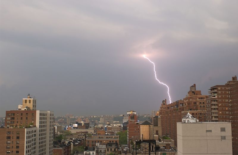 Lightning hitting London Terrace in Manhattan, NYC, NY exactly at 2002-04-19 16:53:28