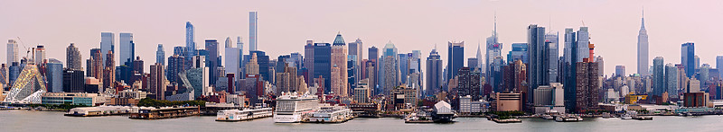 Manhattan_Skyline_PortImperial