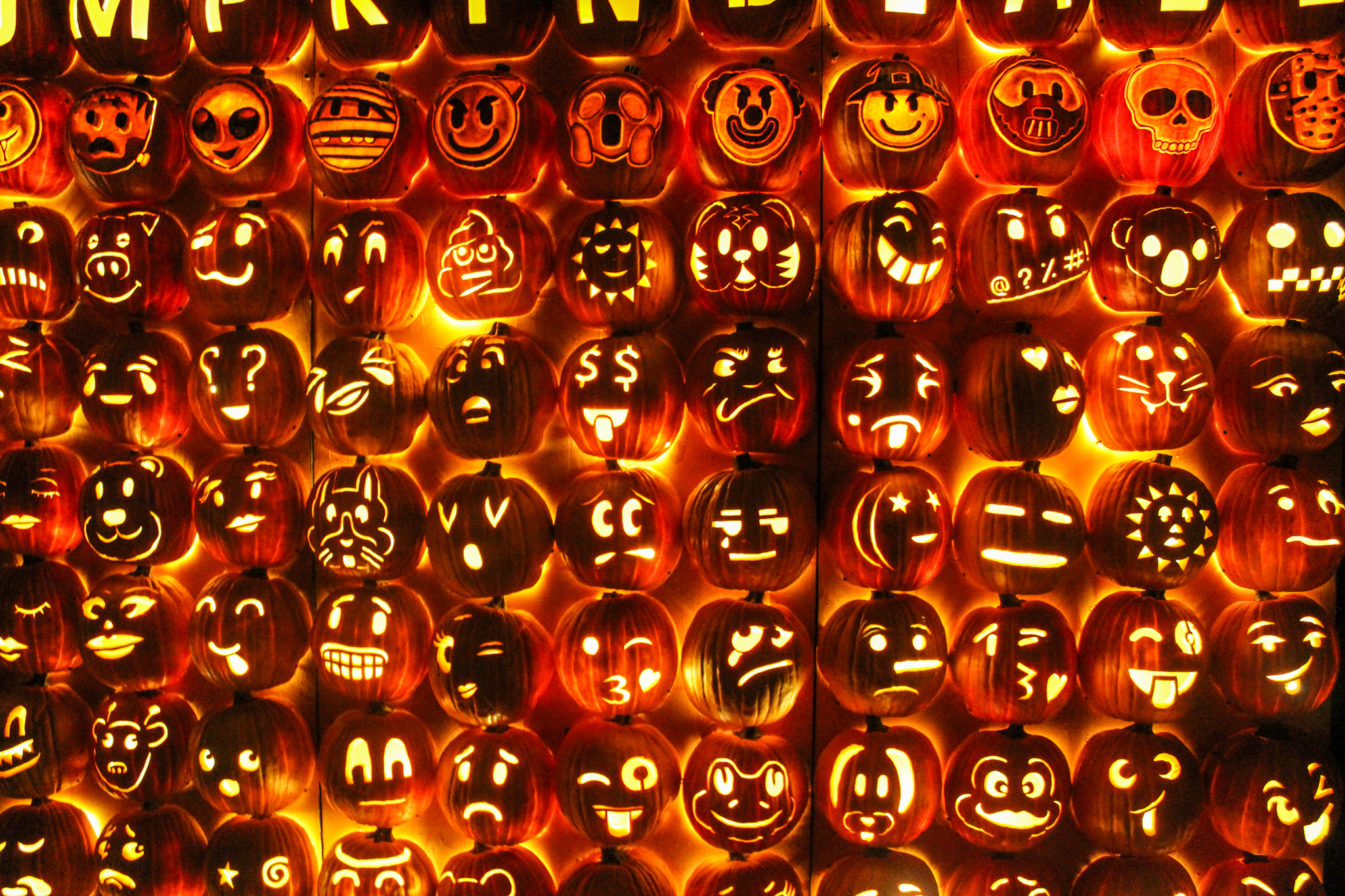 what to do in sleepy hollow ny? carve emoji pumpkins