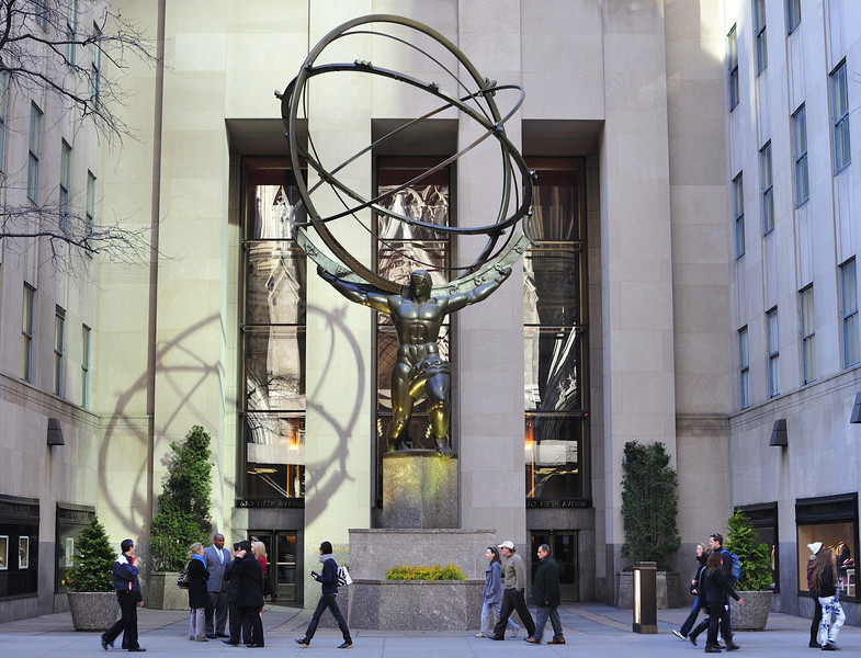 Atlas Statue in Rockefeller Center, NYC