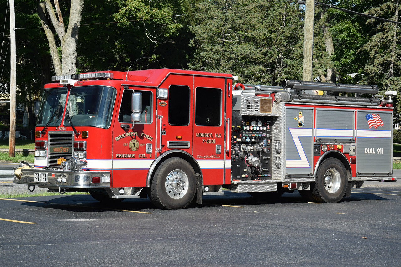 Brewer Fire Engine Company #1, 7-2001