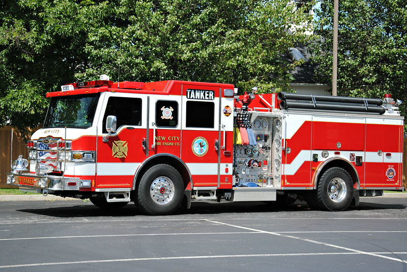 New City Fire Department 9-Tanker