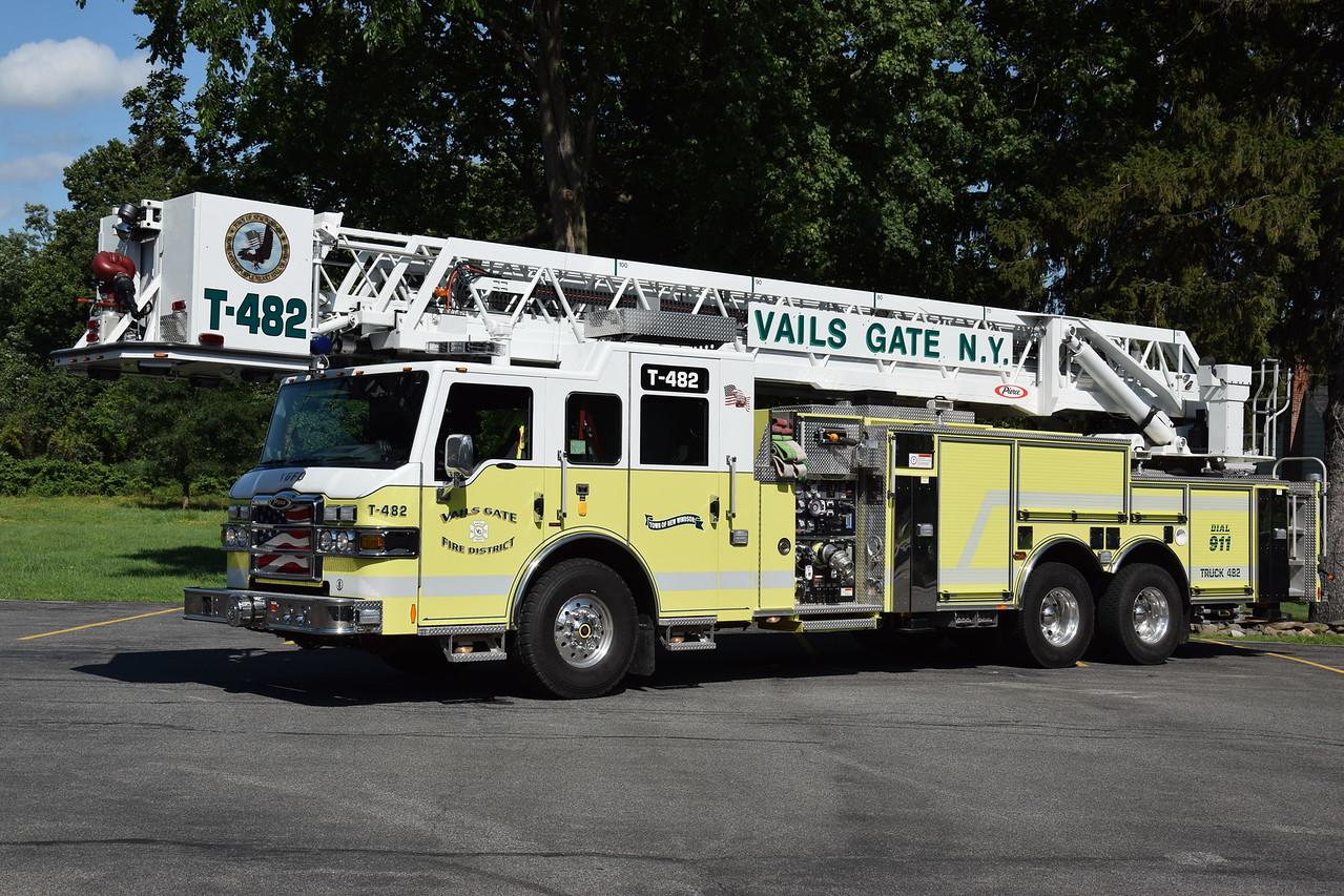 Vails Gate Fire Department Truck 482