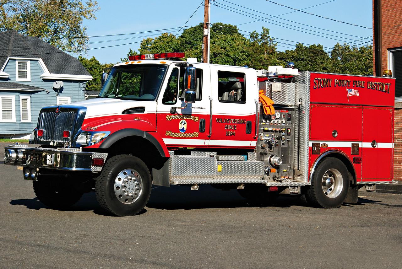 Stony Point Fire Department, Stony Point  Engine 18-1000