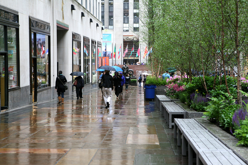 New York City, Rain in Rockefeller Center