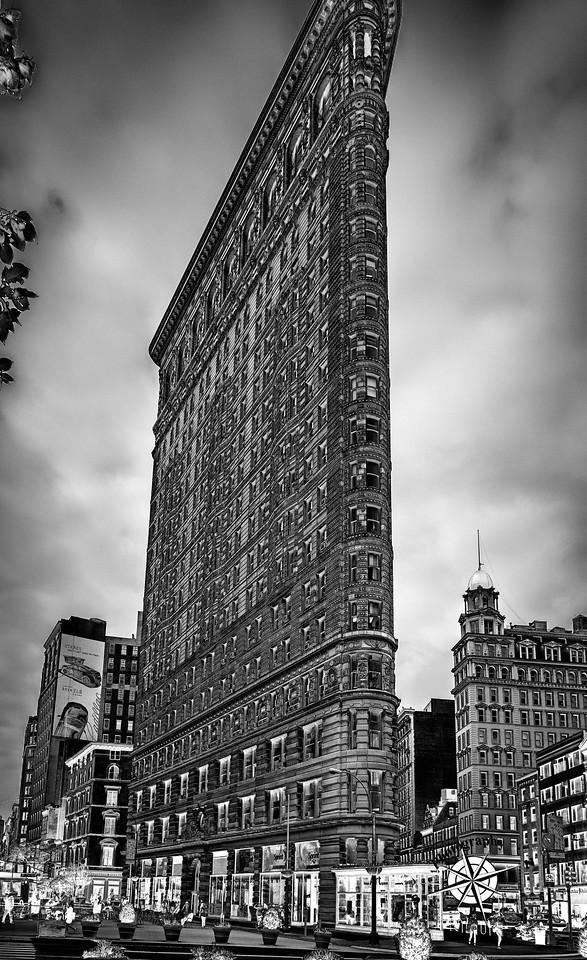 Flatiron building, HDR and monochrome