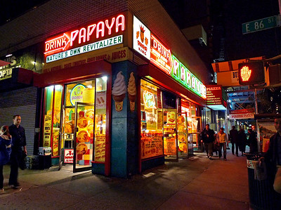 Papaya King on 86th St & Third Ave, night of Oct 3, 2009