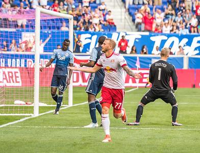 First goal by @royerdani77 @newyorkredbulls  @southwardsupporters @@gardenstateultras