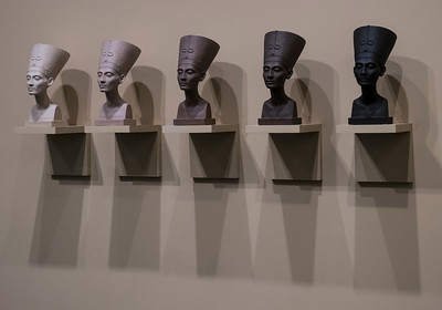 Nefertiti heads