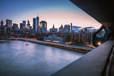 View of lower Manhattan skyline from Manhattan Bridge