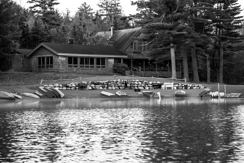 Elk Lake Lodge