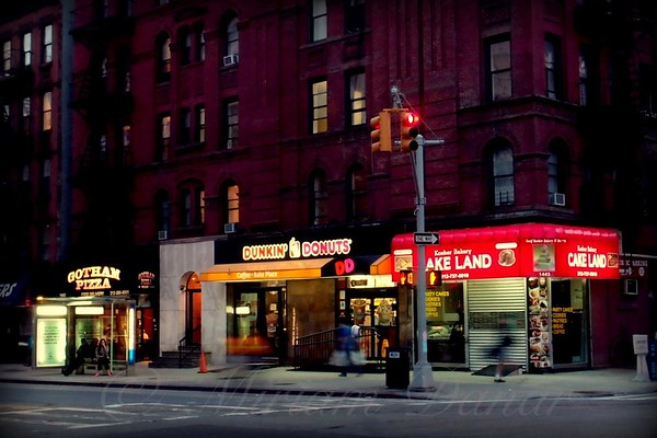 Cake Land Bakery - New York at Night