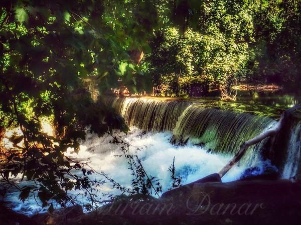 Peaceful Hideaway - The Waterfall