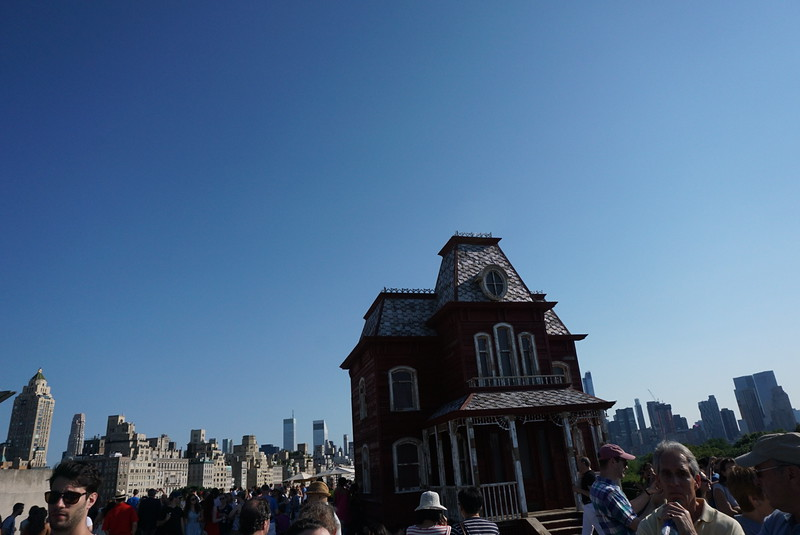 Roof Garden installation @ the Met surrounded by views of Manhattan and Central park!