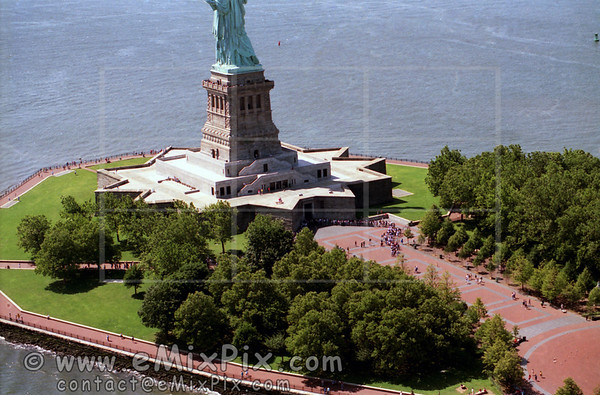 Lady Liberty, NYC historical aerial views, mid 90s