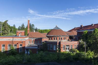 Mountainside Memorial Hospital