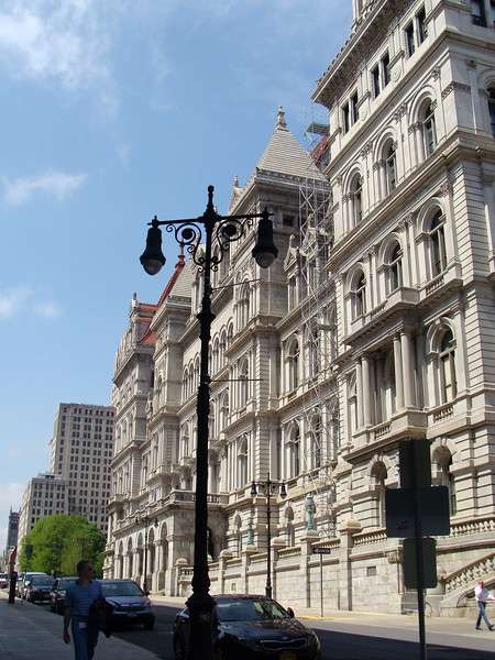 The New York State Capital, Side Entrance