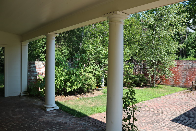 Covered Walkway and Enclosed Garden