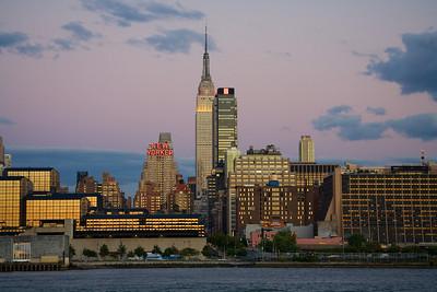 New Yorker Hotel & Empire State Bldg
