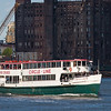 Circle Line tour boat in front of old Domino Sugar refinery