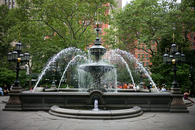 fountain old downtown
