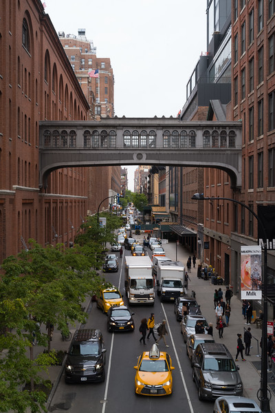 cross-street Meatpacking District from High Line