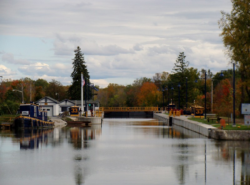 Dewitt Clinton Packet Boat at Lock 33