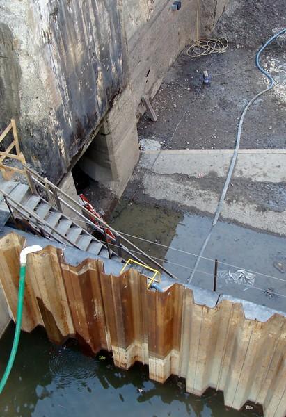 Repairing Lock 32