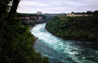 Niagra Falls (699)-300