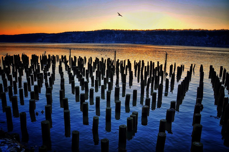 Sunset on the Hudson River in Yonkers, New York. 2014.