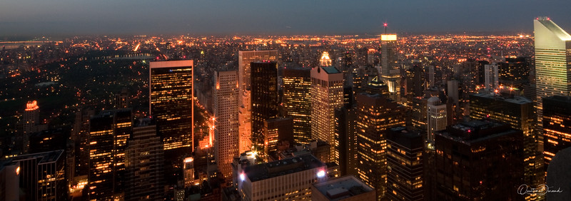 Manhattan by night - New York
