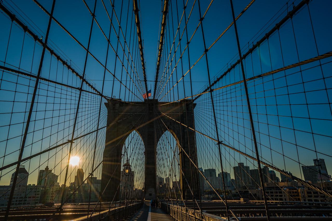 Brooklyn Bridge, sunrise towards Brooklyn
