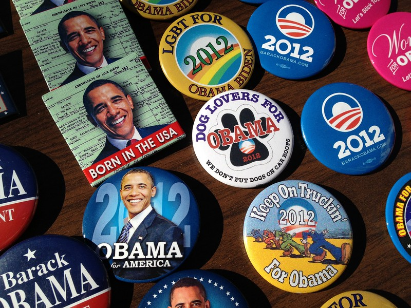 President Obama reelection buttons. 2012.