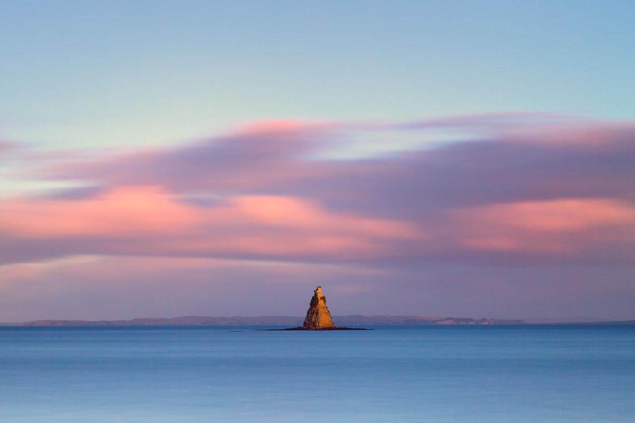 Frenchman's Cap on the Whangaparoa Peninsula near Auckland