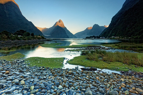 Sunrise over Mitre Peak in Milford Sound, Fiordland National Park