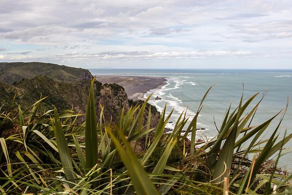 Cliffs above Mercer Bay