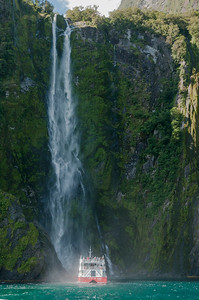 Stirling Falls, Milford Sound.
