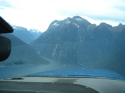this tiny little opening is the entrance to Milford Sound
