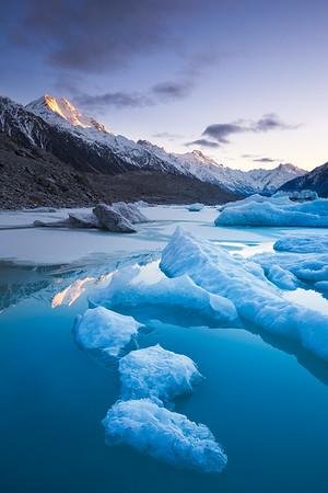 Icebergs in Tasman Lake, Aoraki Mount Cook National Park