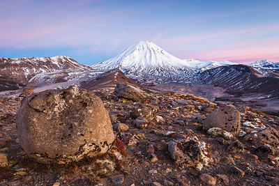 Volcanic boulders and Mount Ngauruhoe, Tongariro Northern Circuit. Tongariro National Park