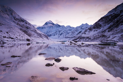 Winter dawn at Hooker Lake, Hooker Valley, Aoraki Mount Cook National Park